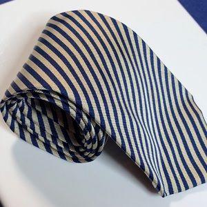🔵BANANA REPUBLIC silk designer suit neck tie